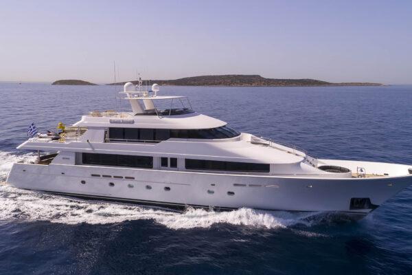 Endless_Summer_Motor_Yacht_Charter_Schema_1