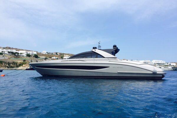 motor_yacht_w_riva (20)