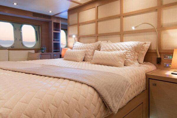 sun-anemos-cabin2