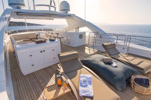 pathos-mega-yacht-sundeck-2-min