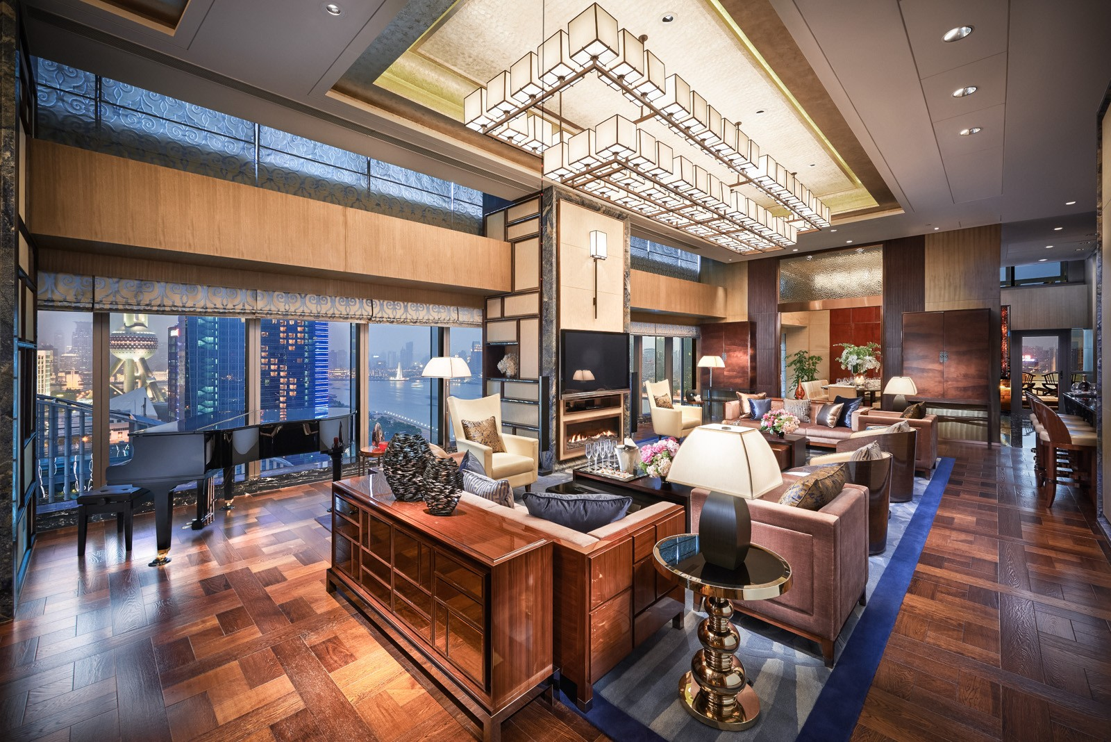 A Night Inside The 10 Most Expensive Hotels In The World