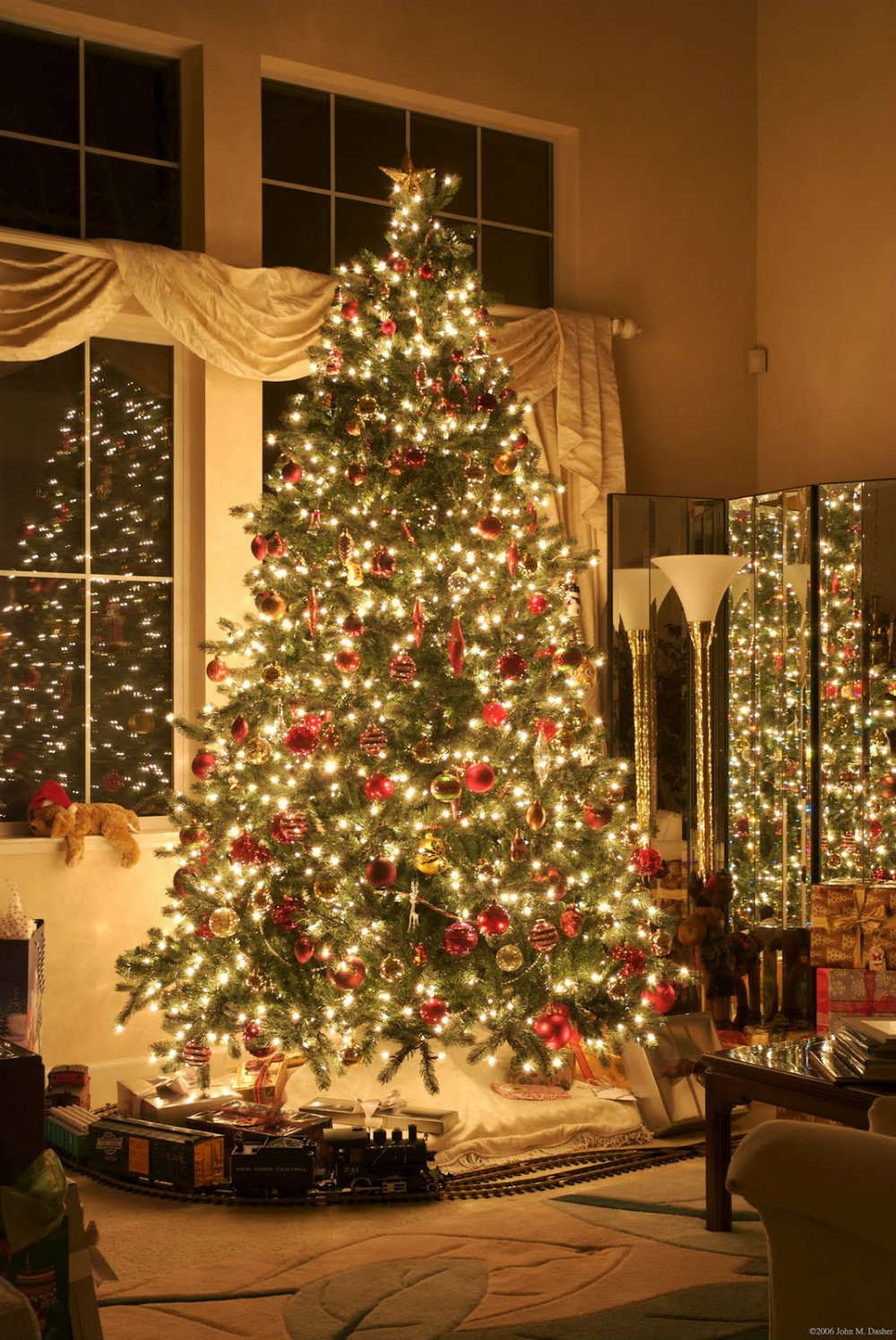 7 Chic Christmas Decorations for The Most Memorable Holiday
