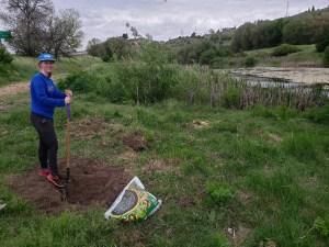 planting LWV commemorative tree