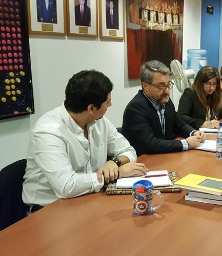 Luiz Fernando Calil de Freitas realizó diversas actividades académicas en la U. Finis Terrae.