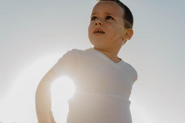 photo ; photographie ; photographe ; noir et blanc ; couleur ; lycia walter ; lw images ; lw ; intérieur ; studio ; bordeaux ; gironde ; aquitaine ; médoc ; nouvelle-aquitaine ; jeunes ; enfants ; parents ; reflex ; sony ; A7RII ; sud-ouest ; france ; french ; bébé