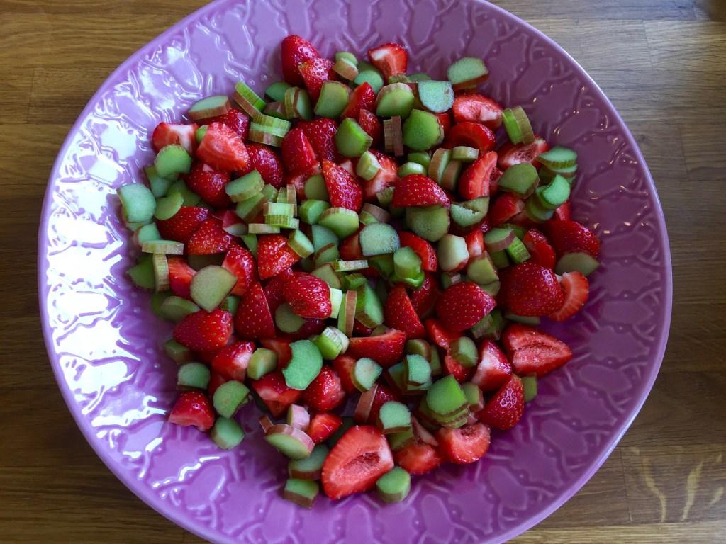 Jordgubb och rabarberpaj