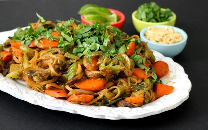 Meatless Monday: Revisiting Peanut Noodles With Vegetables