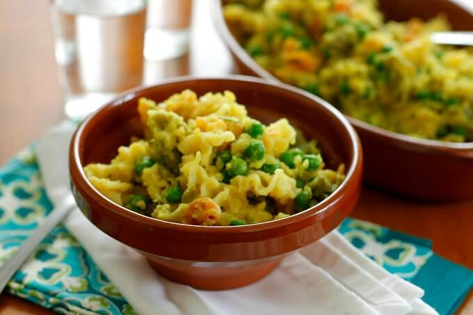 Pasta with Peas and Curried Cauliflower Sauce {#ExtraVeg}