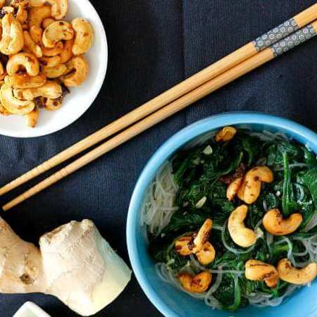 Spinach and Cashew Noodles