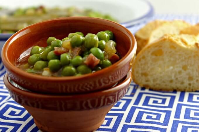 Spanish Style Peas and Ham ~ Guisantes y Jamón estilo Pedro Olivares ~ Lydia's Flexitarian Kitchen
