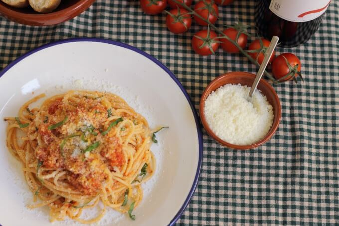 Spaghetti with Fresh Tomato Sauce ~ Lydia's Flexitarian Kitchen