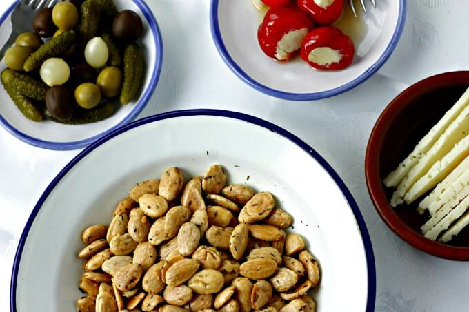 Thyme Roasted Almonds A Recipe to Be Thankful For