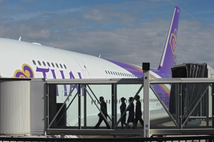 La compagnie aérienne Thai Airways International prend livraison de son premier A380.