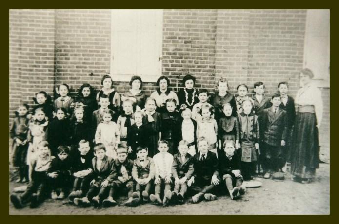 1915stonehillschool