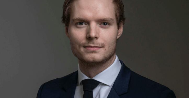 Emil Tranøy Aasheim (25) blir leder for Demokratene Stord. Foto- Studio Hjelm