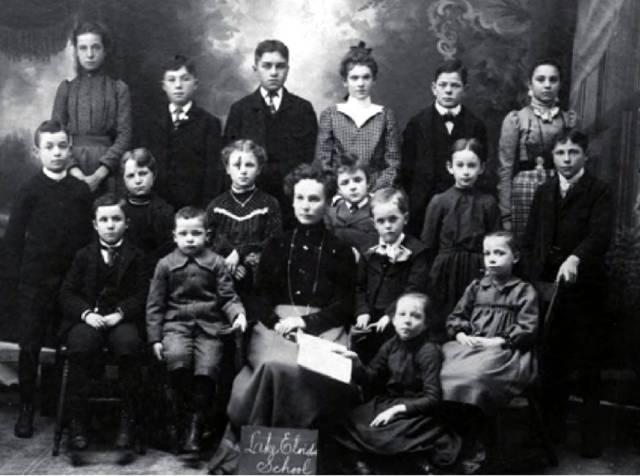 lake-eloida-school-class-of-1895-copy