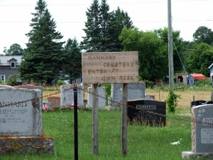 manhard-cemetery-july-2016-2