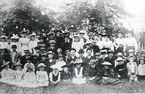 manhard-sunday-school-picnic-in-houghs-woods-1892