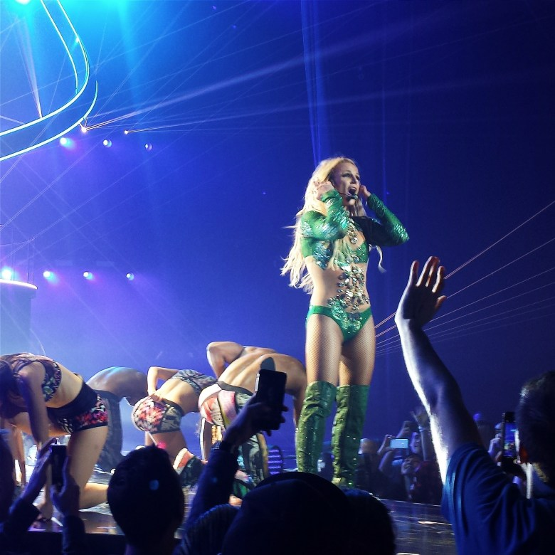 Britney in Vegas // lynnepetre.com
