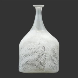 Vallien White Satellite Vase F1