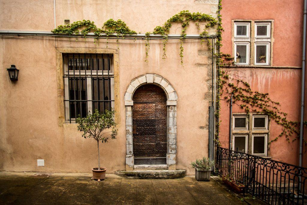 Chambres DHtes Lyon Renaissance Ct Cour Amp Ct