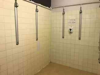 Villeurbanne bains-douches dans l'ancien stade Georges Lyvet recherche bénévoles