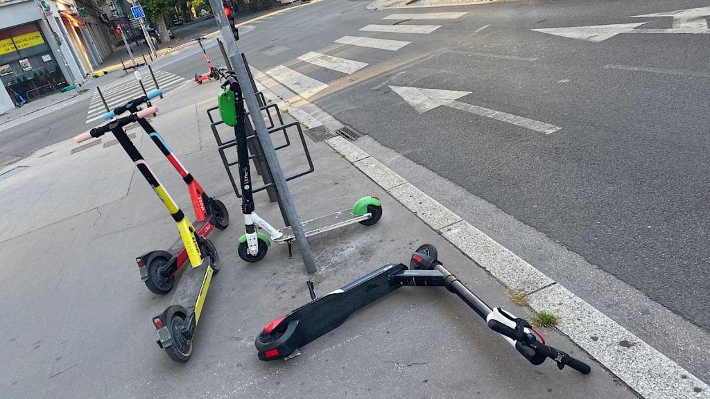Deux opérateurs retenus pour l'exploitation à Lyon de 4000 trottinettes