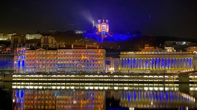 Le 8 décembre 2020 sera particulier à Lyon : pas de Fête des Lumières mais des lumignons