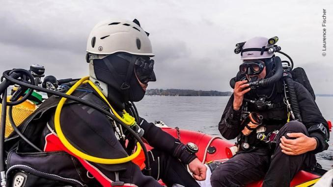 plongée dans les eaux du Grand Large pour sortir des pneus ou des munitions