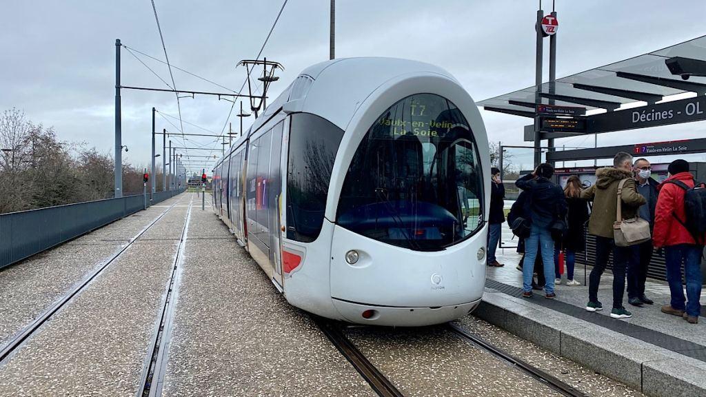 T7 relie La Soie à OL Vallée