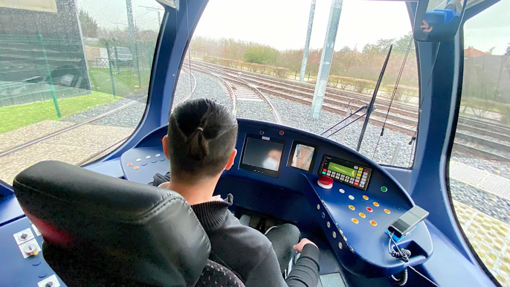 cabine pilotage T7 tramway