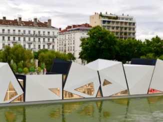 Des scènes flottantes sur le Rhône