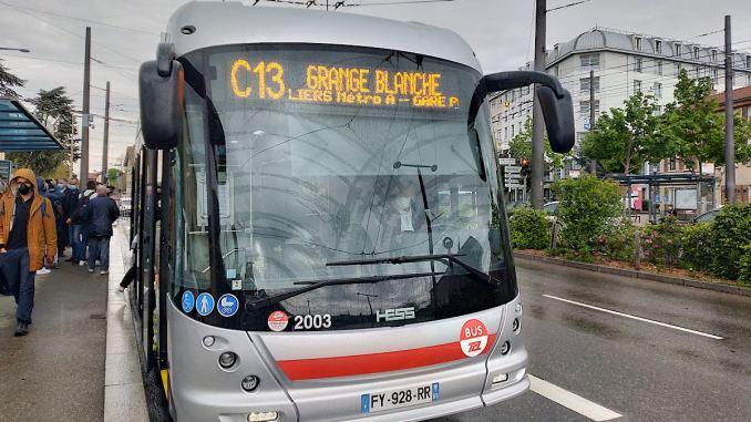 Les trolleybus nouvelle génération sont arrivés à Lyon