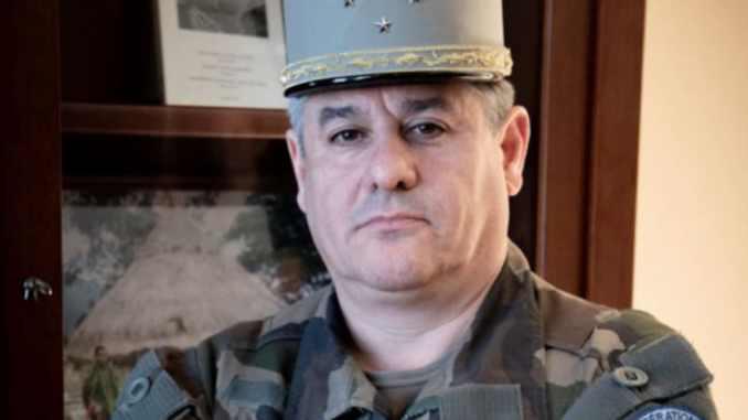Départ du gouverneur militaire de Lyon