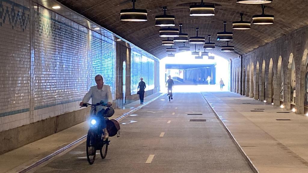 Passage France Pejot pour vélos et piétons