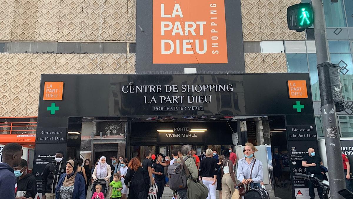 entrée du centre commercial Part-Dieu