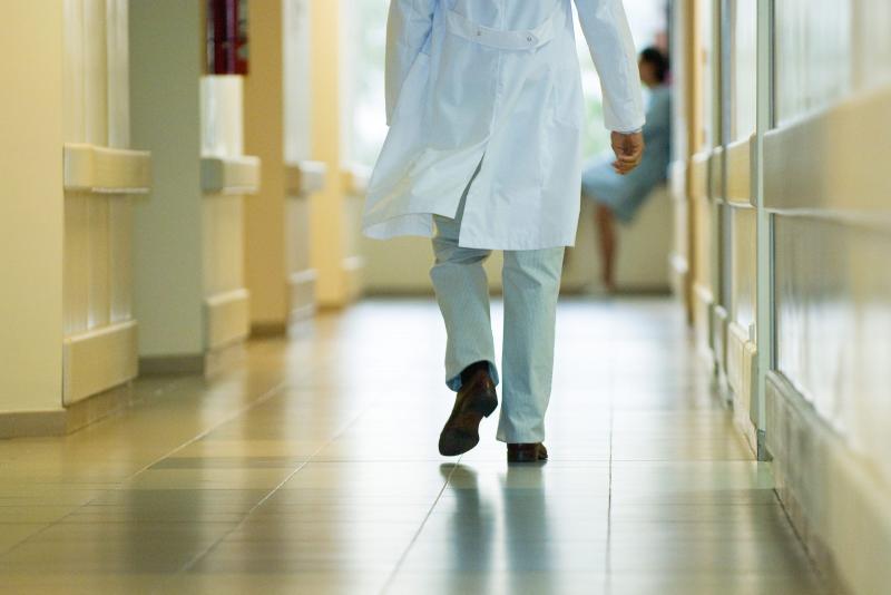 Hpitaux  la vie des patients en danger