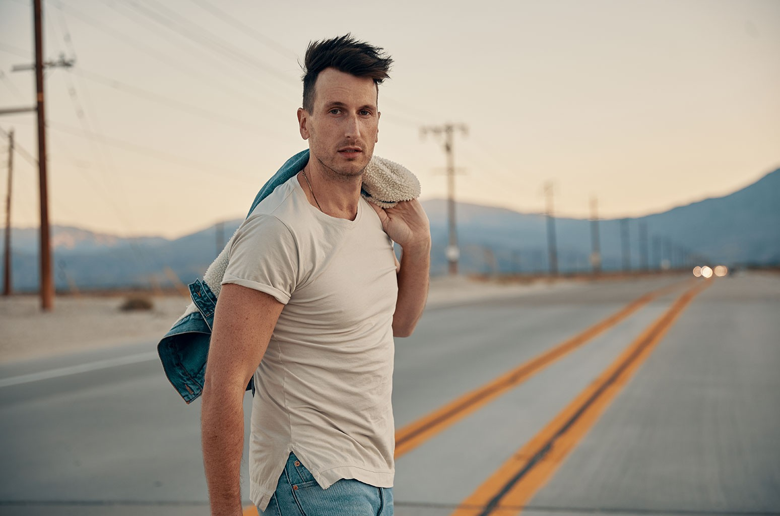 Russell dickerson's home sweet video doubles as a family memory book come to life. Review Russell Dickerson Southern Symphony Lyric Magazine