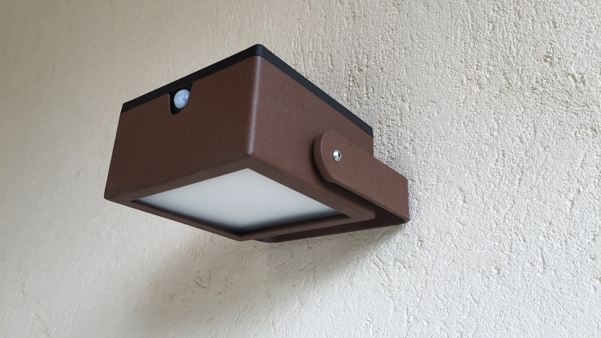 luminaires solaires - applique solaire LYXY