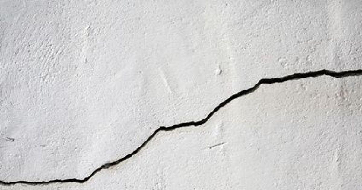 Les fissures sur mur intrieur  reconnaitres les fissures  rparer  risques
