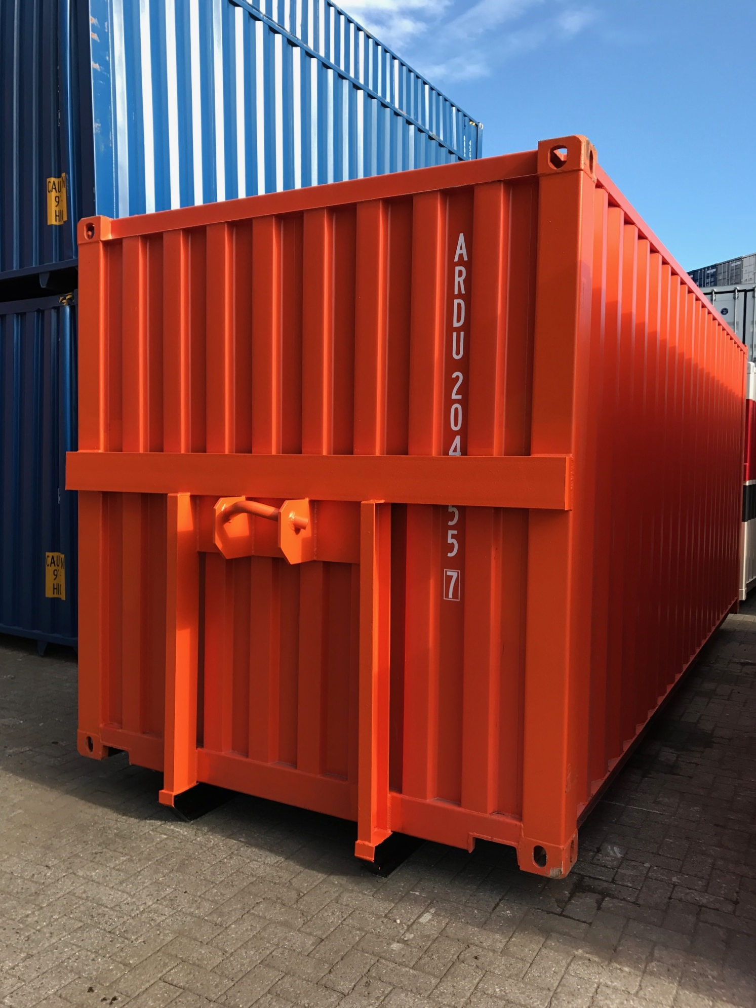 Best Kitchen Gallery: 20ft Shipping Container With Hook Lift System References of 20ft Shipping Container on rachelxblog.com