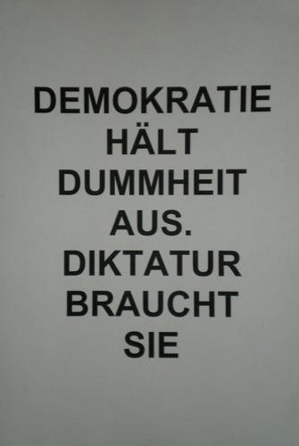 https://i0.wp.com/www.m-lk.de/Bilder/Politische-Kunst/AH-007/AH-500/116.adolf_hitler_007.vernissage.massenmoerder.massmurderer.politische_kunst.political_art.kuenstler.artist.christian_staudinger.jpg