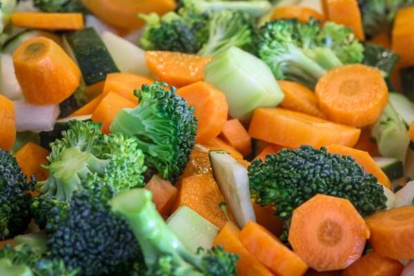 Basische Gemüsebrühe