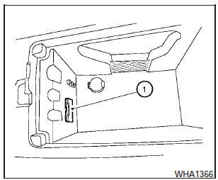 Nissan Maxima: iPod Player Operation without Navigation
