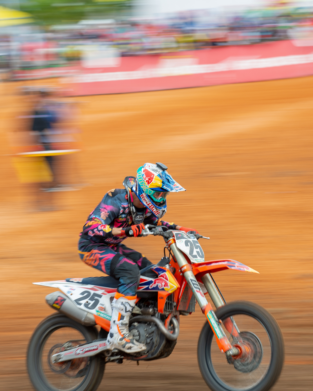 Marvin Musquin Charging