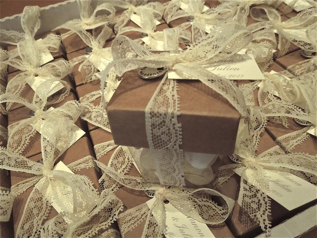 amandes et chocolat de mariage lequel choisir ma liste de mariage. Black Bedroom Furniture Sets. Home Design Ideas