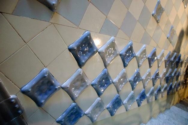 Tiles in Casa Milá