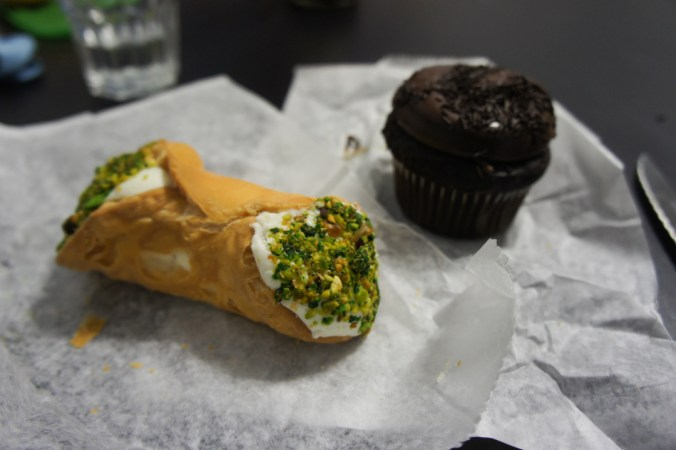 Cannolo Mike Pasty