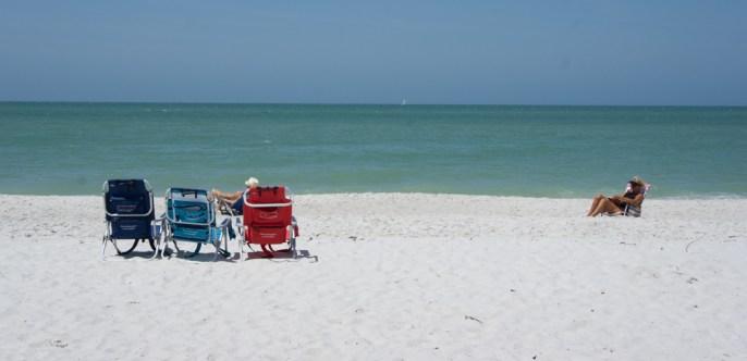 Naples, Floride - la plage - assis sur les transats