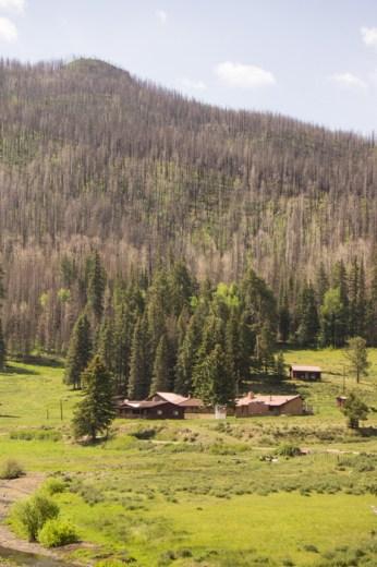 VAlles Caldera Route 4 Nouveau Mexique maisons dans la prairie